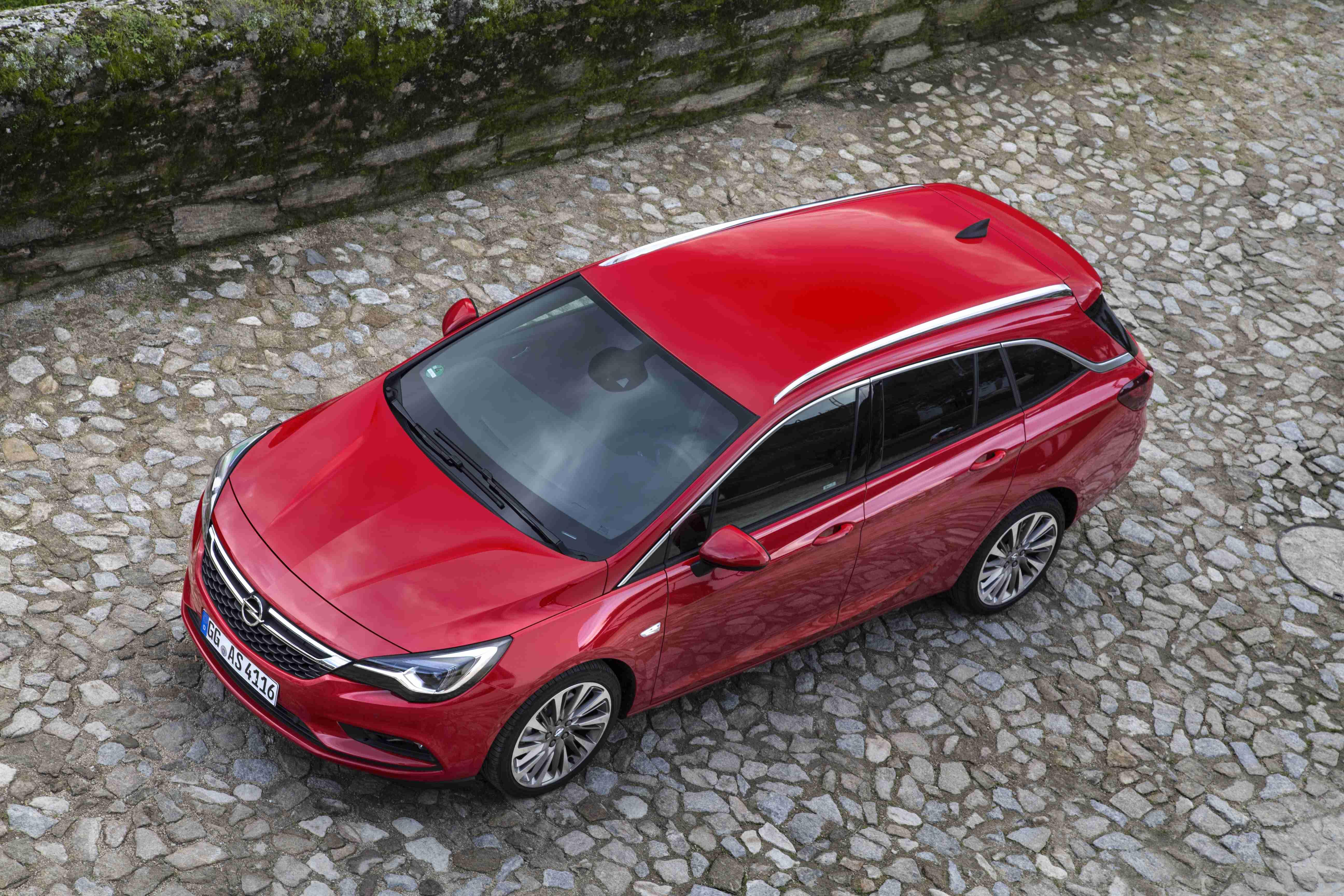 Opel-Astra-Sports-Tourer-299482
