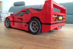Lego-10248-Ferrari-F-40_03