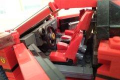 Lego-10248-Ferrari-F-40_07