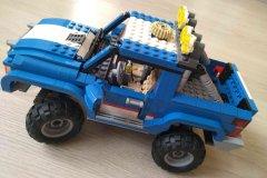 Lego-Creator-5893-Terenni-vuz-02