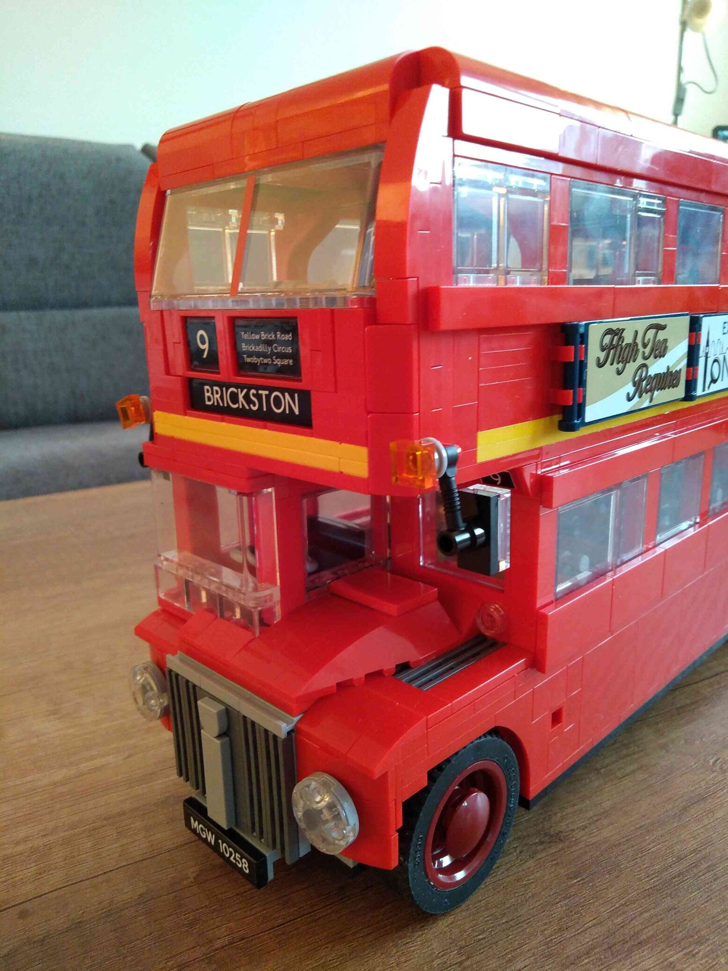 Lego-Creator-Expert-10258-London-Bus-04