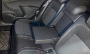 Opel_Astra_K_sedadla_402040_2